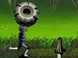 Play Outlaw tire toss now